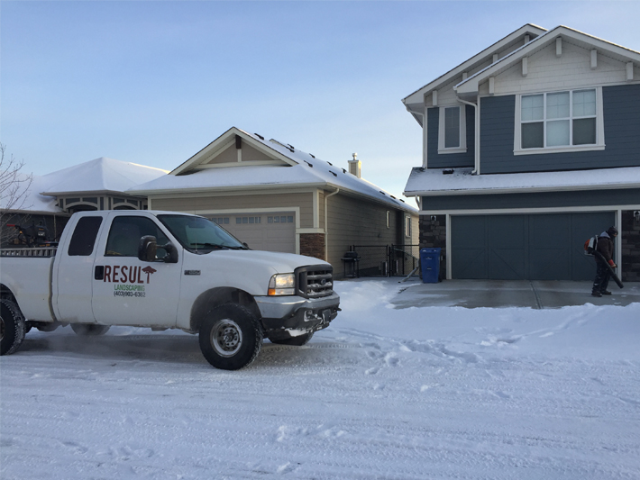 Residential snow removal in calgary area